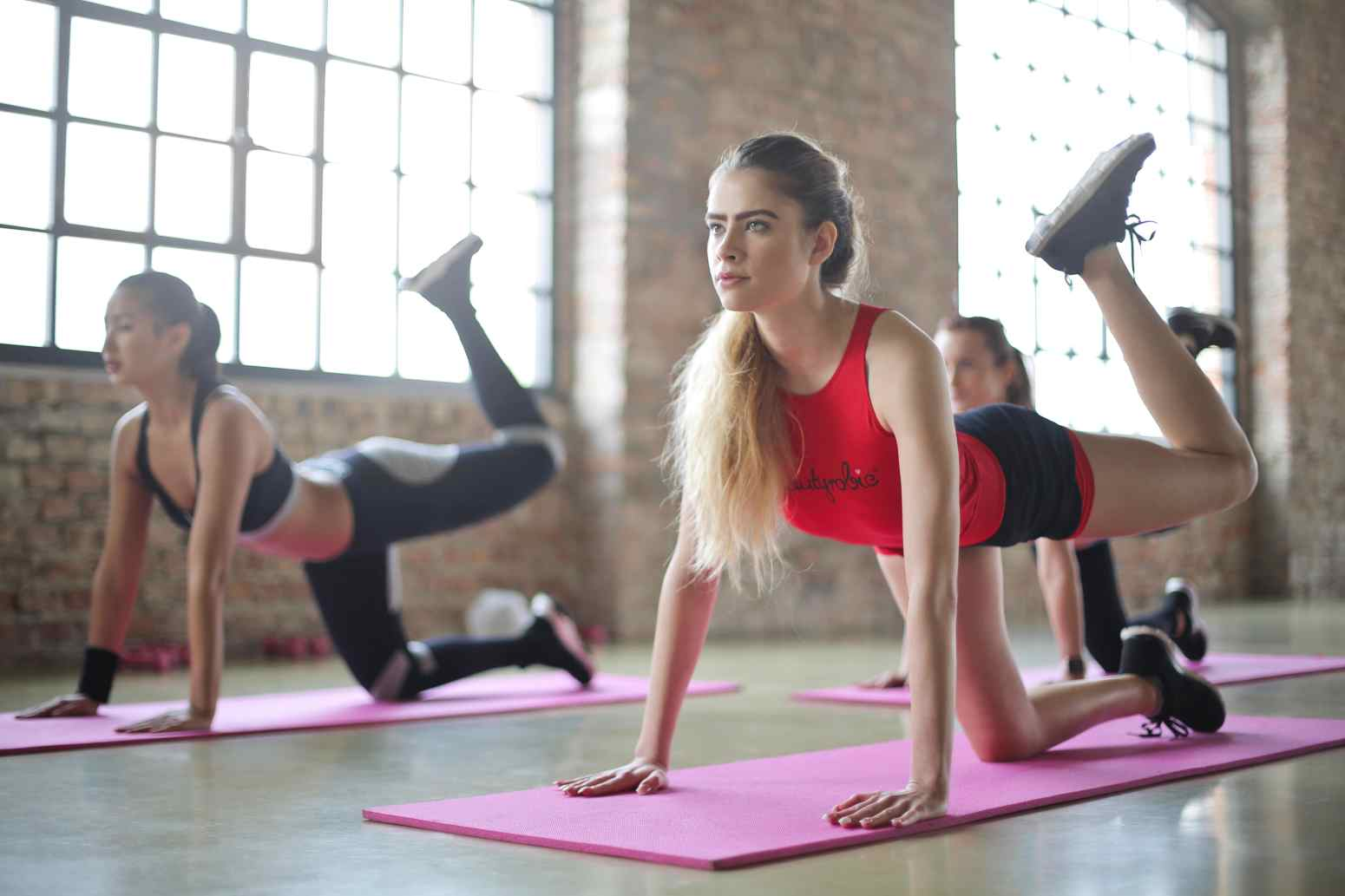 10 Reasons to Go On Yoga Retreats