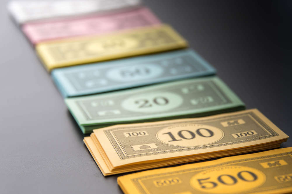 How Much Money Do You Get In Monopoly?