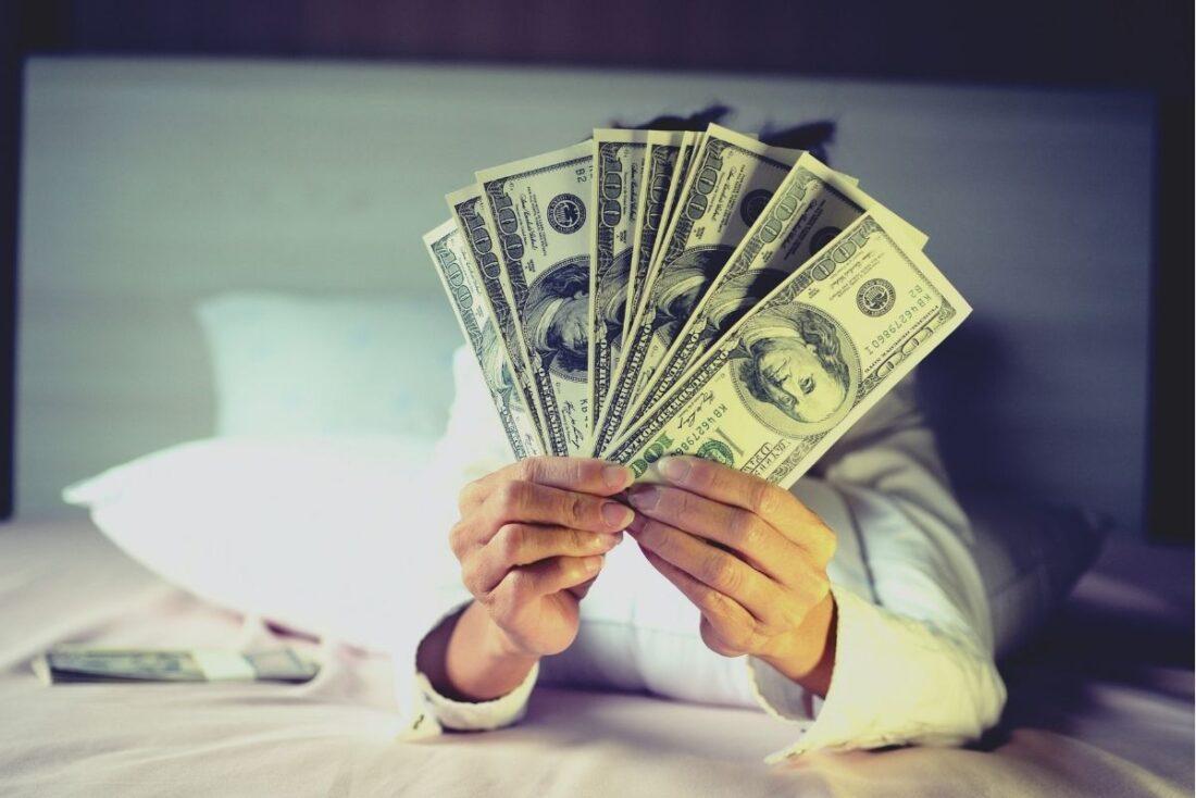 How Do People Make Money On Instagram?