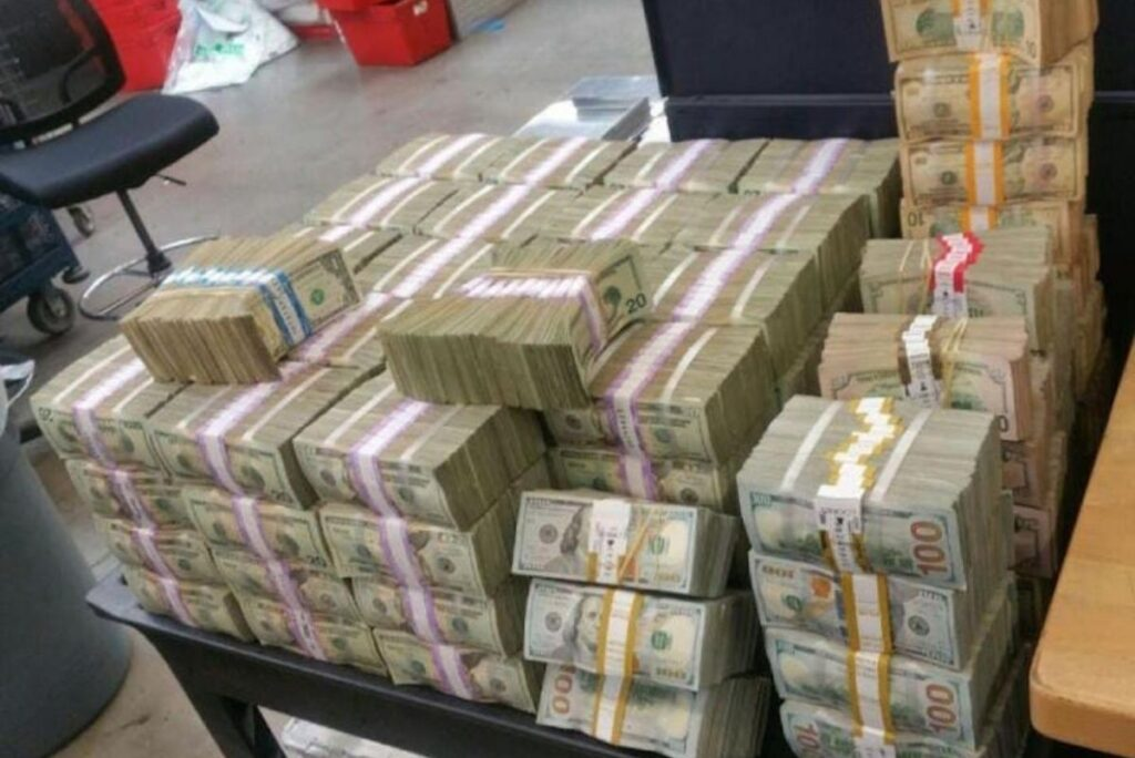 How Much Money Was Seized From El Chapo?