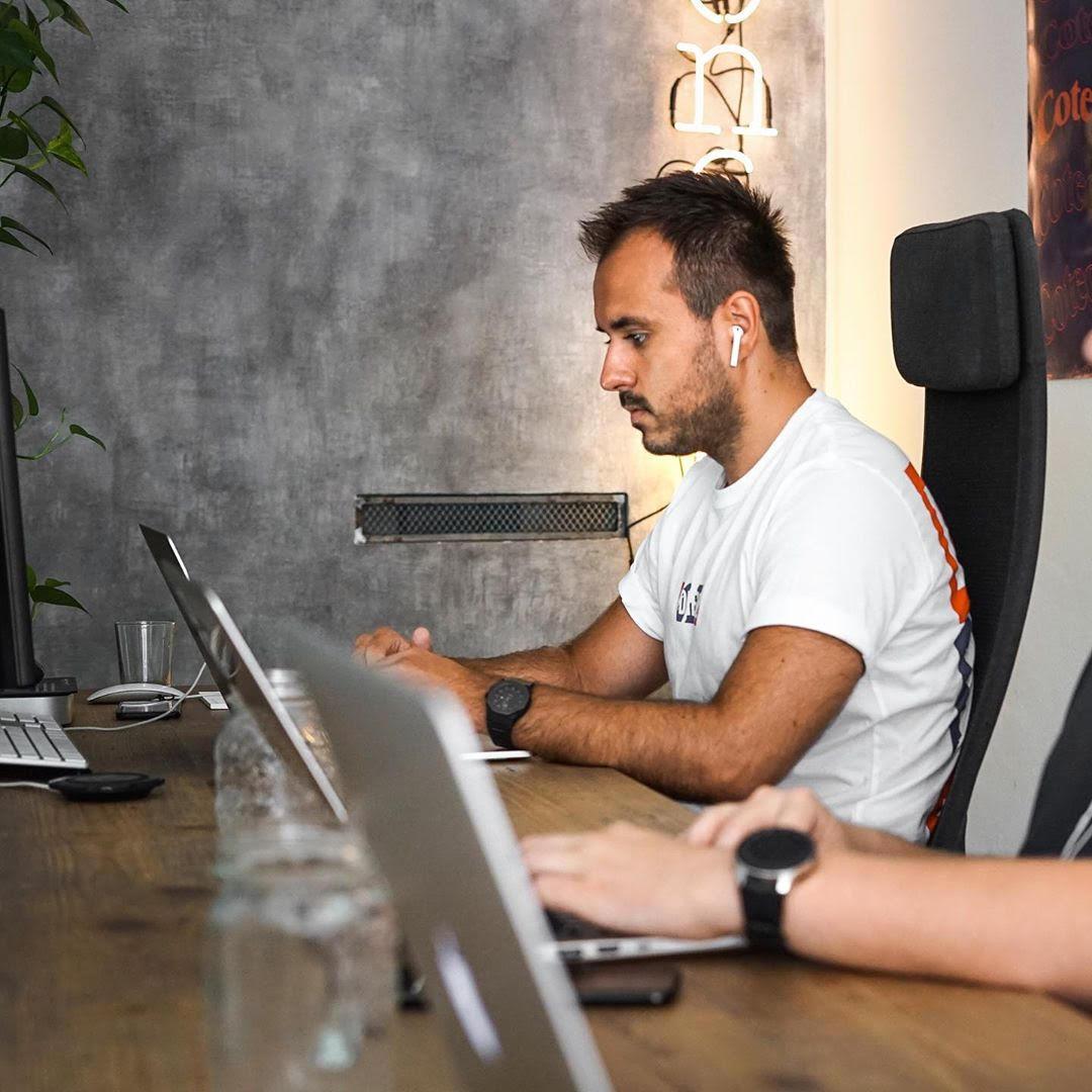Ivan Bosnjak: Digital Strategist andEntrepreneur