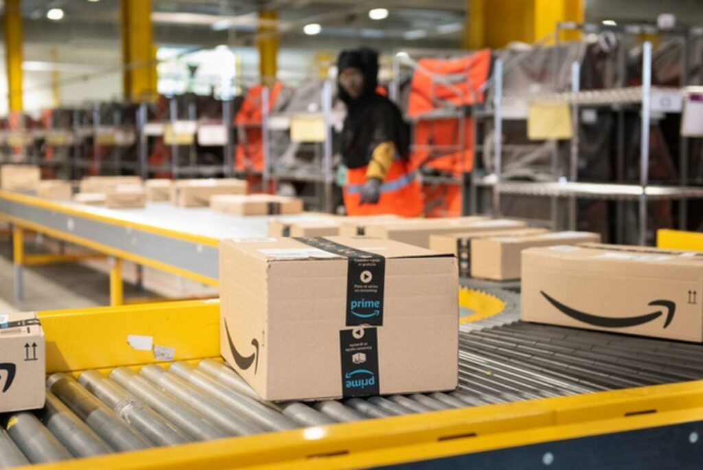 How Many Employees Does Amazon Have?