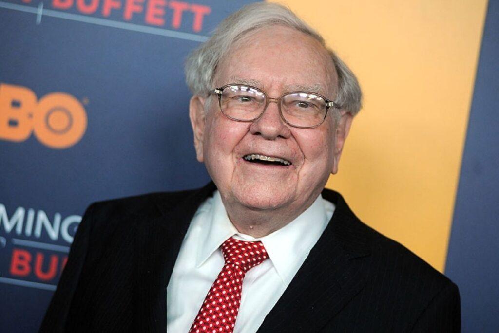 How Old Is Warren Buffett?