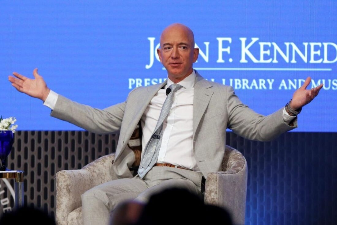 How Much Does Jeff Bezos Make A Day?