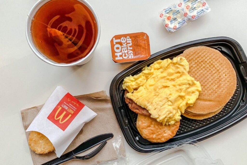What Time Does McDonald's Stop Serving Breakfast?